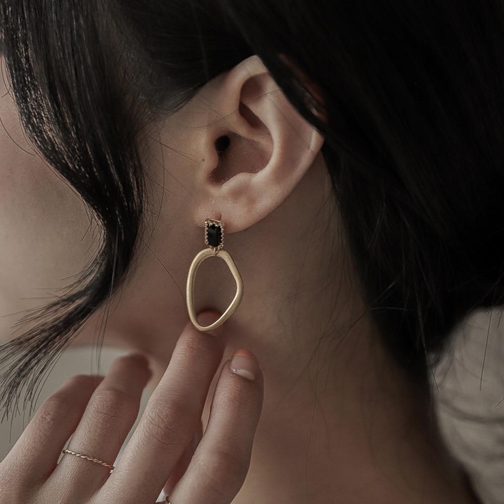9679 큐빅 버클링 귀걸이