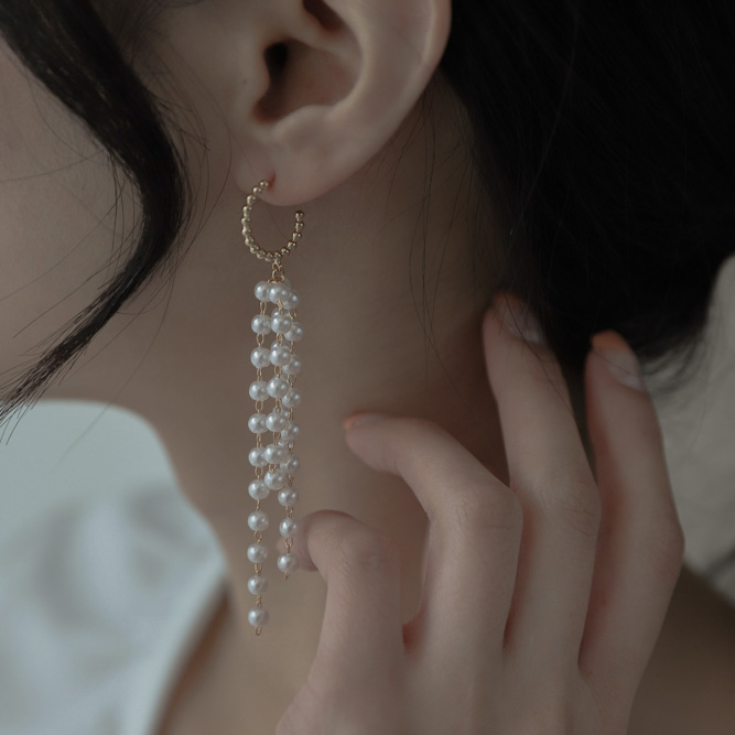 1014 pearl bead curtain earrings