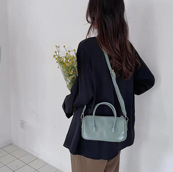 ハンドルミニスクエアショルダーバッグ (bag237)